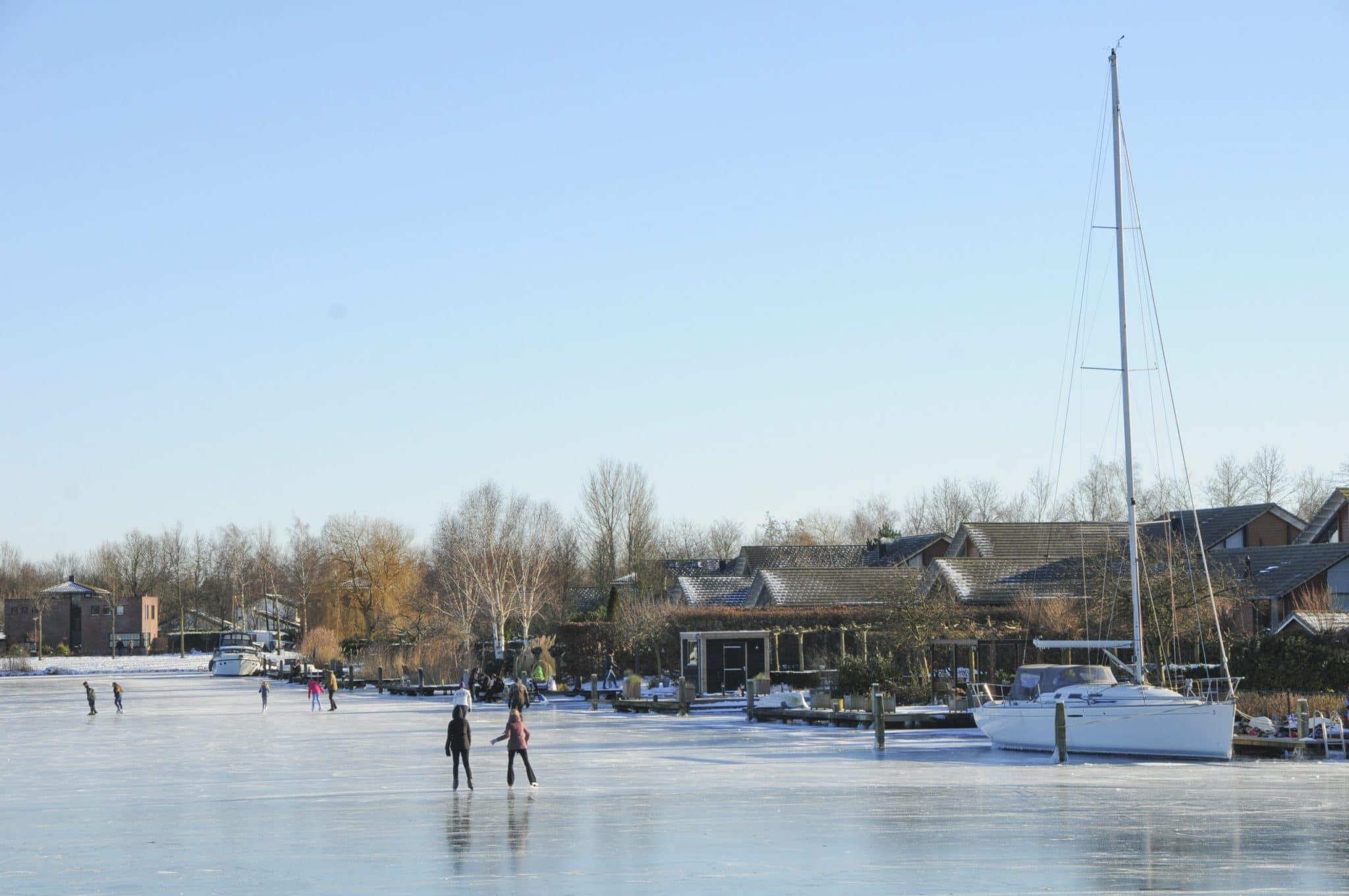 Hafen_Eislaufen_im_Winter