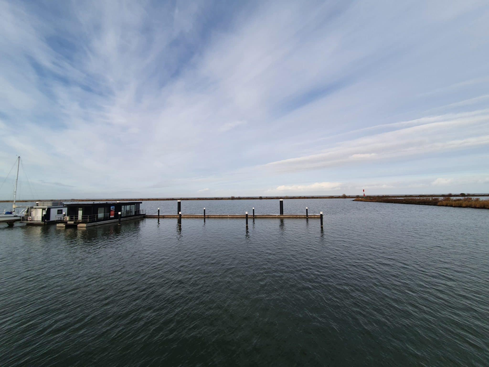 Mermaid-Hausboote_Lelystad_Hafen
